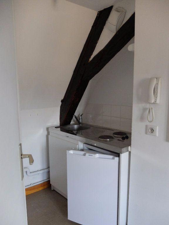 Appartement à louer 1 15m2 à Mende vignette-2