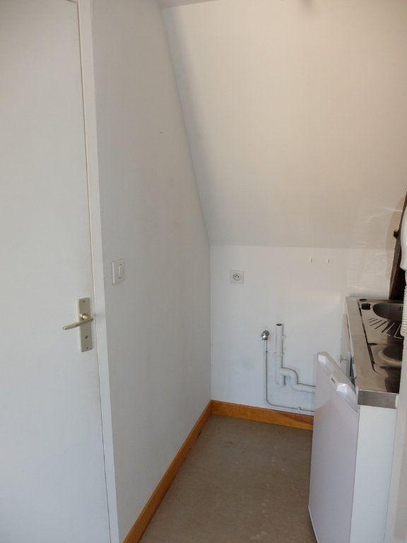 Appartement à louer 1 15m2 à Mende vignette-3