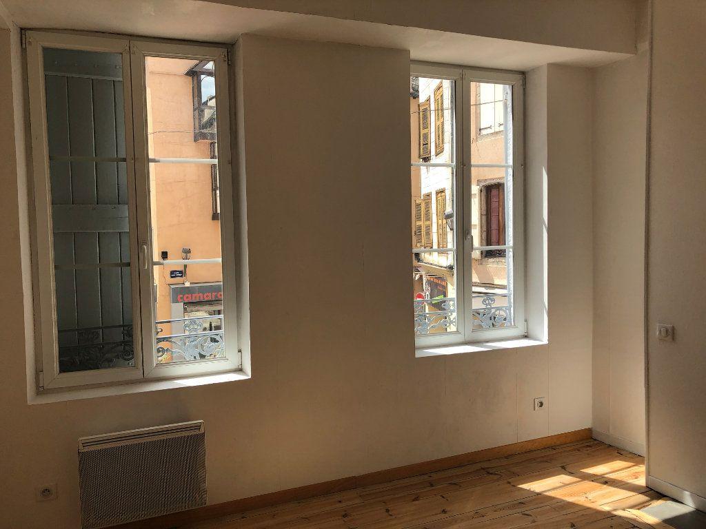 Appartement à louer 2 44m2 à Mende vignette-3