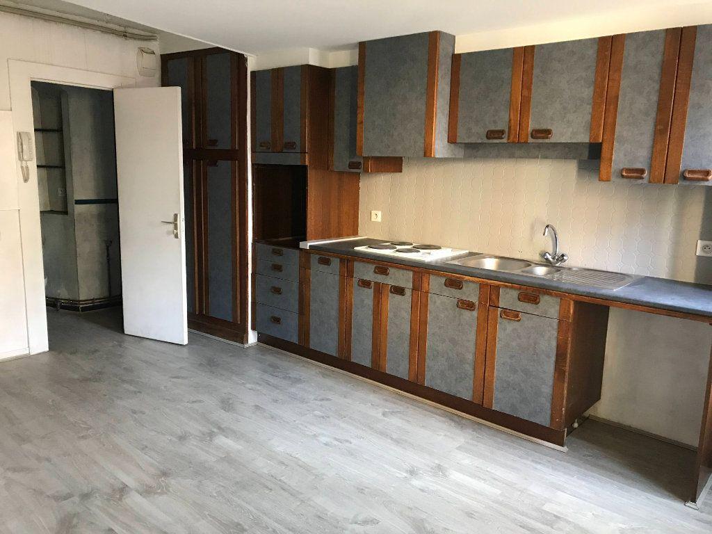 Appartement à louer 2 44m2 à Mende vignette-8