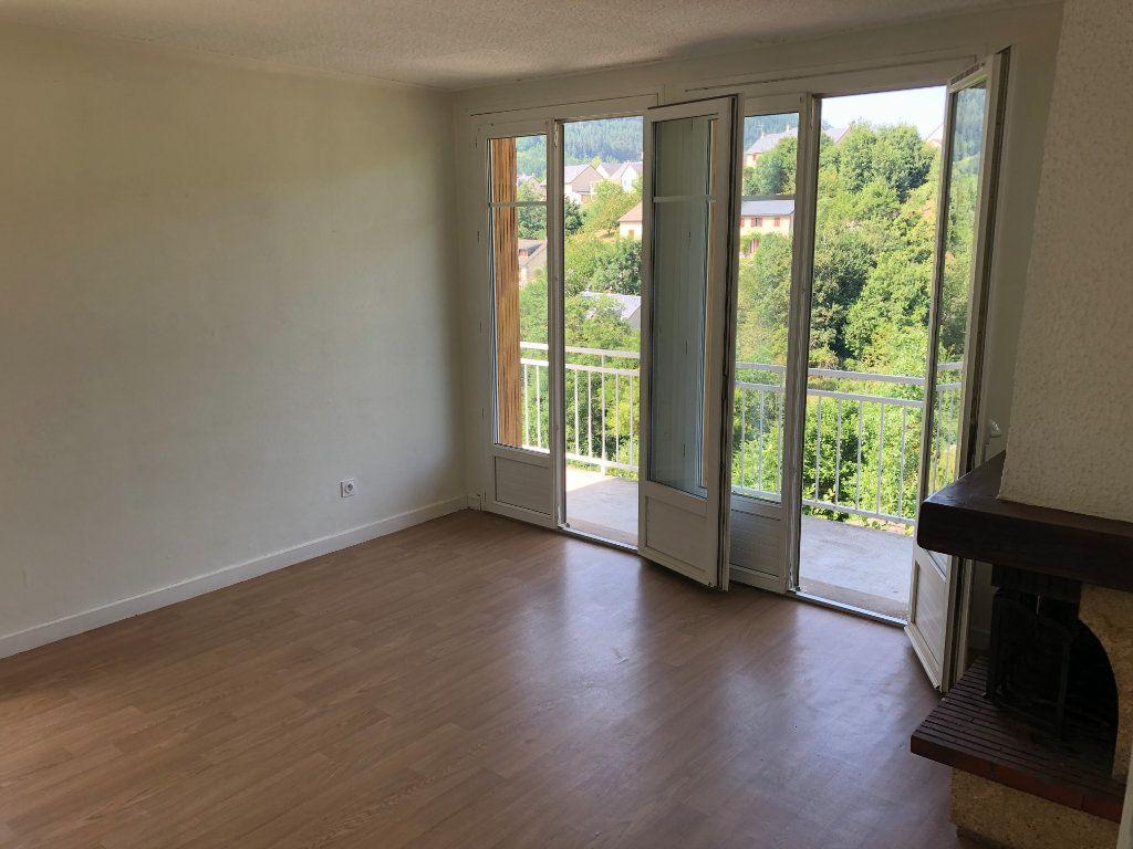 Appartement à louer 3 64m2 à Mende vignette-4