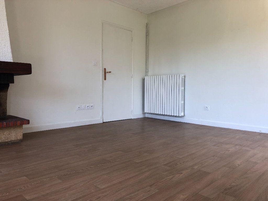 Appartement à louer 3 64m2 à Mende vignette-5