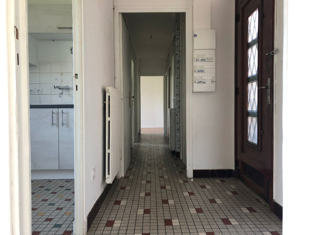 Appartement à louer 3 64m2 à Mende vignette-10