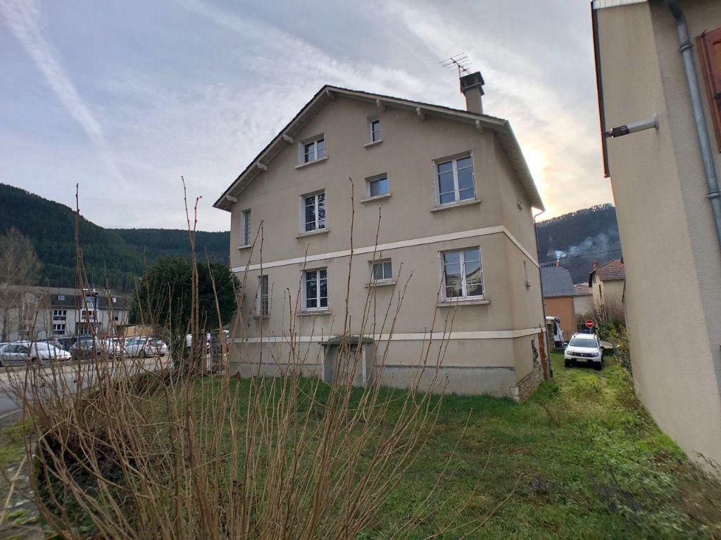 Immeuble à vendre 0 200m2 à Mende vignette-5