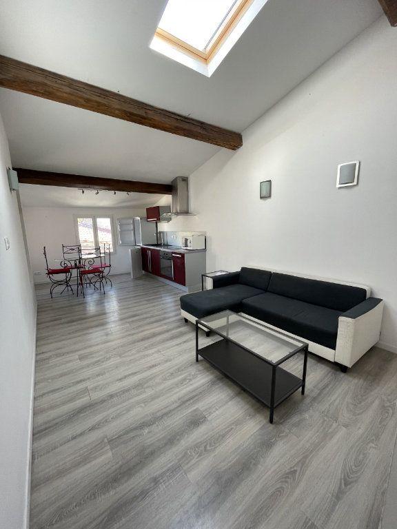 Appartement à louer 2 43m2 à Six-Fours-les-Plages vignette-6