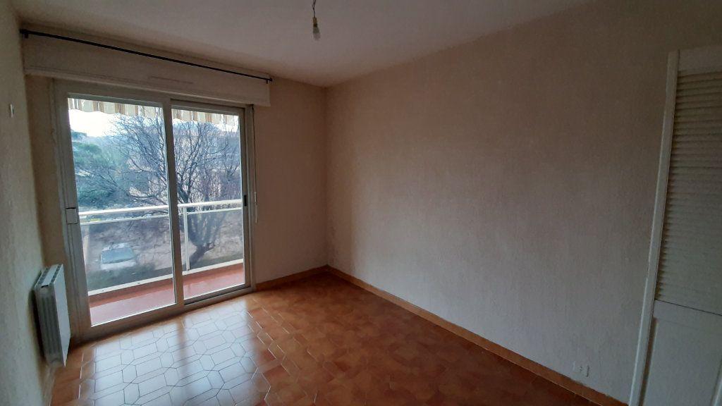Appartement à vendre 3 60m2 à Six-Fours-les-Plages vignette-4