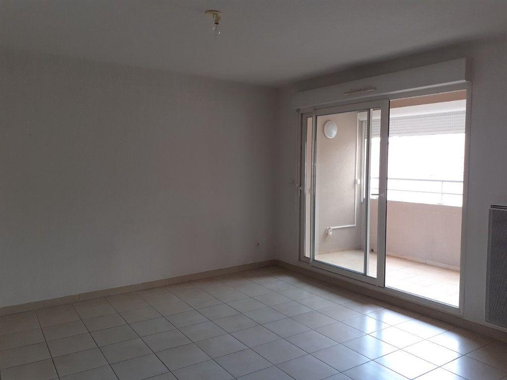 Appartement à vendre 2 41.86m2 à La Seyne-sur-Mer vignette-1
