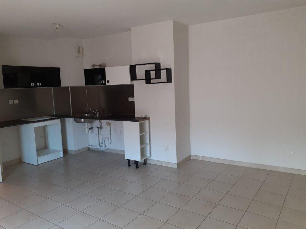 Appartement à vendre 2 41.86m2 à La Seyne-sur-Mer vignette-2