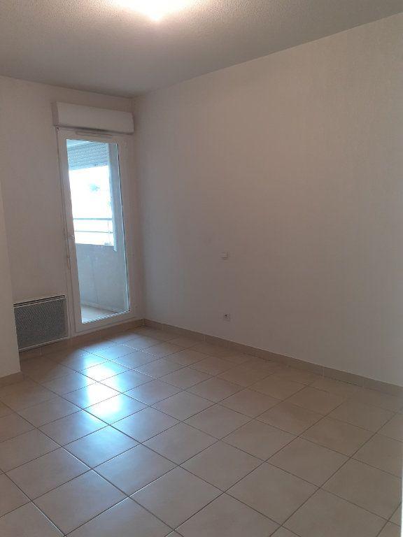 Appartement à vendre 2 41.86m2 à La Seyne-sur-Mer vignette-4