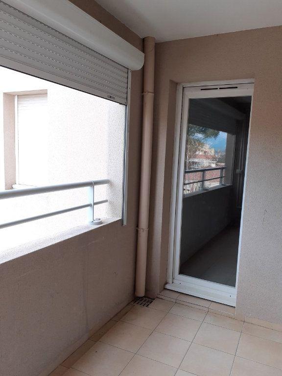 Appartement à vendre 2 41.86m2 à La Seyne-sur-Mer vignette-5