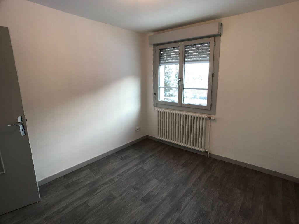 Appartement à louer 3 65m2 à Mende vignette-10