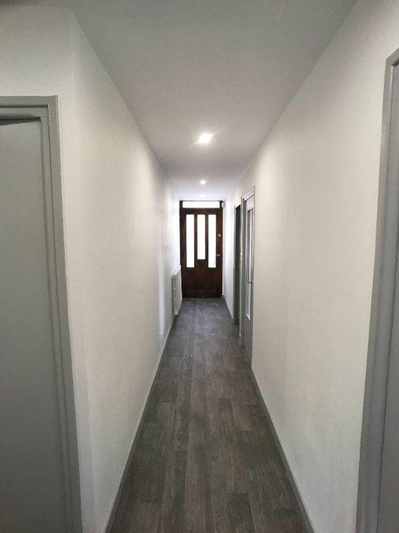 Appartement à louer 3 65m2 à Mende vignette-11