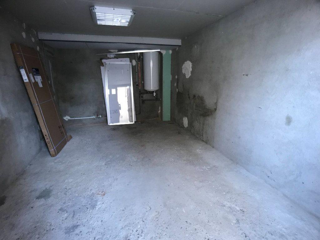 Appartement à louer 3 65m2 à Mende vignette-12