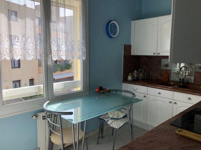 Appartement à vendre 2 46.3m2 à Six-Fours-les-Plages vignette-3