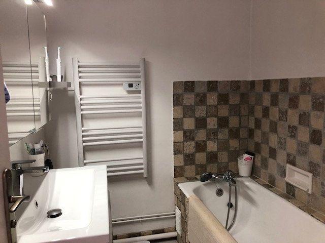 Appartement à vendre 3 65m2 à La Seyne-sur-Mer vignette-7