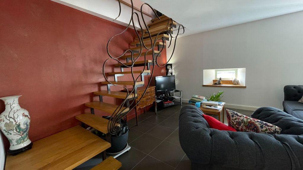 Maison à vendre 6 170m2 à Pelouse vignette-6