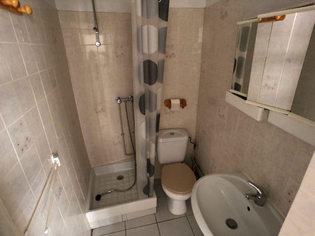 Appartement à louer 1 18m2 à Marvejols vignette-9