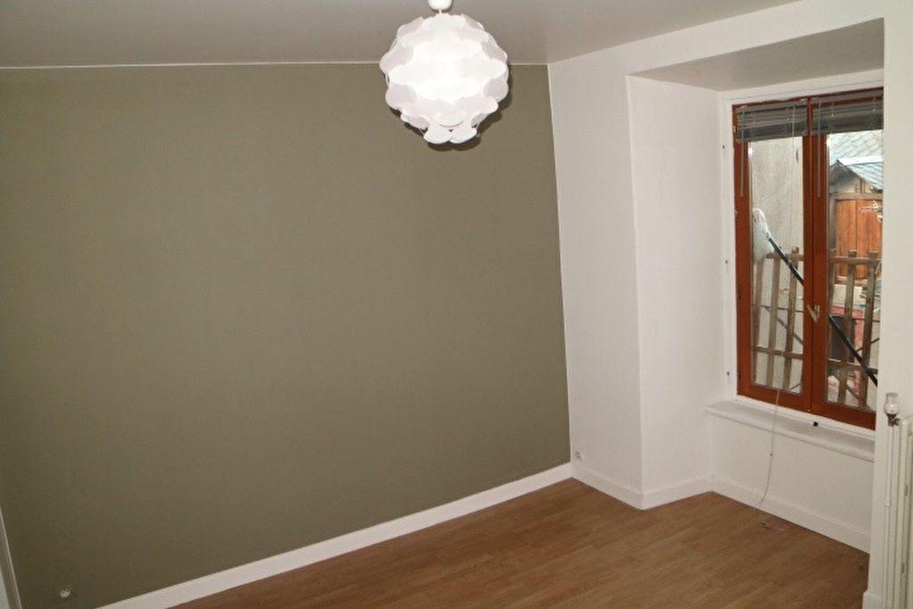 Appartement à vendre 5 110m2 à Mende vignette-5