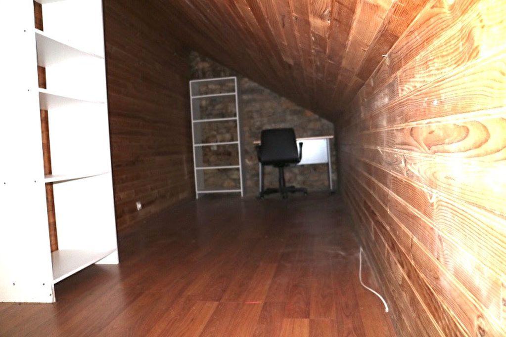 Appartement à vendre 5 110m2 à Mende vignette-10