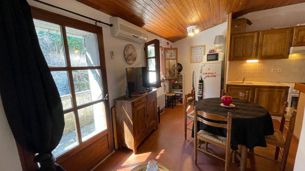Appartement à vendre 2 30m2 à Bagnols-les-Bains vignette-7