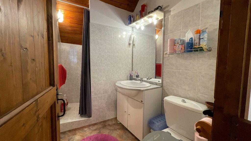 Appartement à vendre 2 30m2 à Bagnols-les-Bains vignette-13
