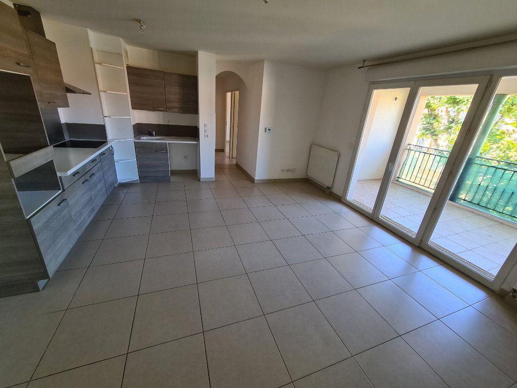 Appartement à vendre 3 60m2 à Ollioules vignette-1