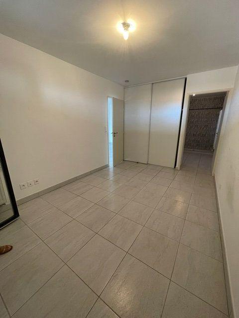 Appartement à louer 2 45m2 à Six-Fours-les-Plages vignette-4
