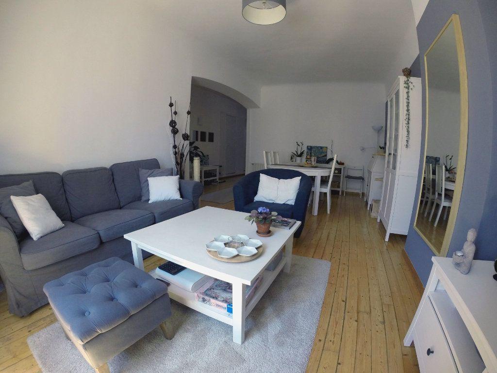 Appartement à vendre 3 70m2 à Toulon vignette-1