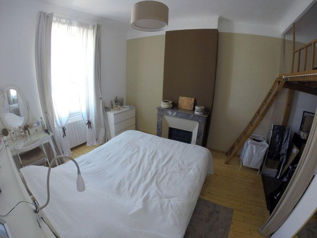 Appartement à vendre 3 70m2 à Toulon vignette-5