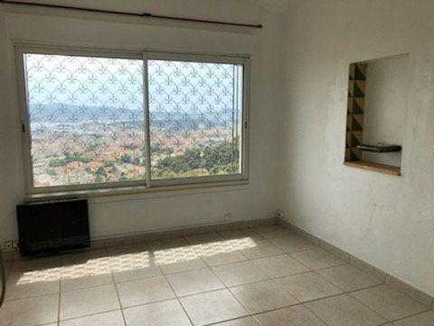 Appartement à louer 3 78m2 à Toulon vignette-2