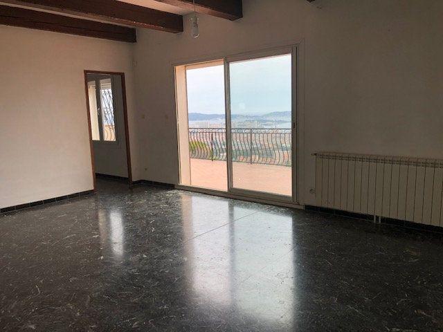 Appartement à louer 3 78m2 à Toulon vignette-4