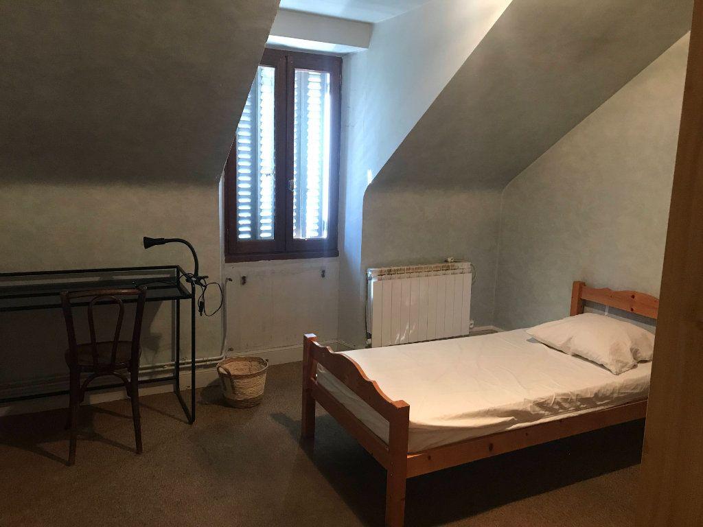 Appartement à louer 3 45m2 à Mende vignette-5