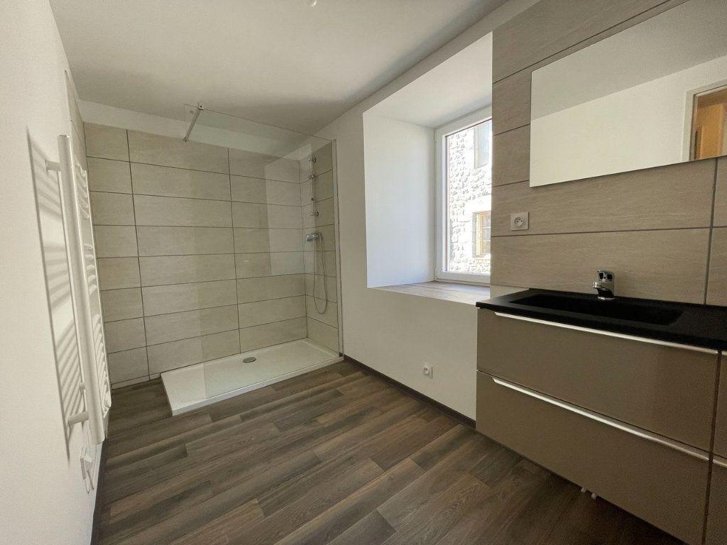Maison à louer 4 104m2 à Châteauneuf-de-Randon vignette-11