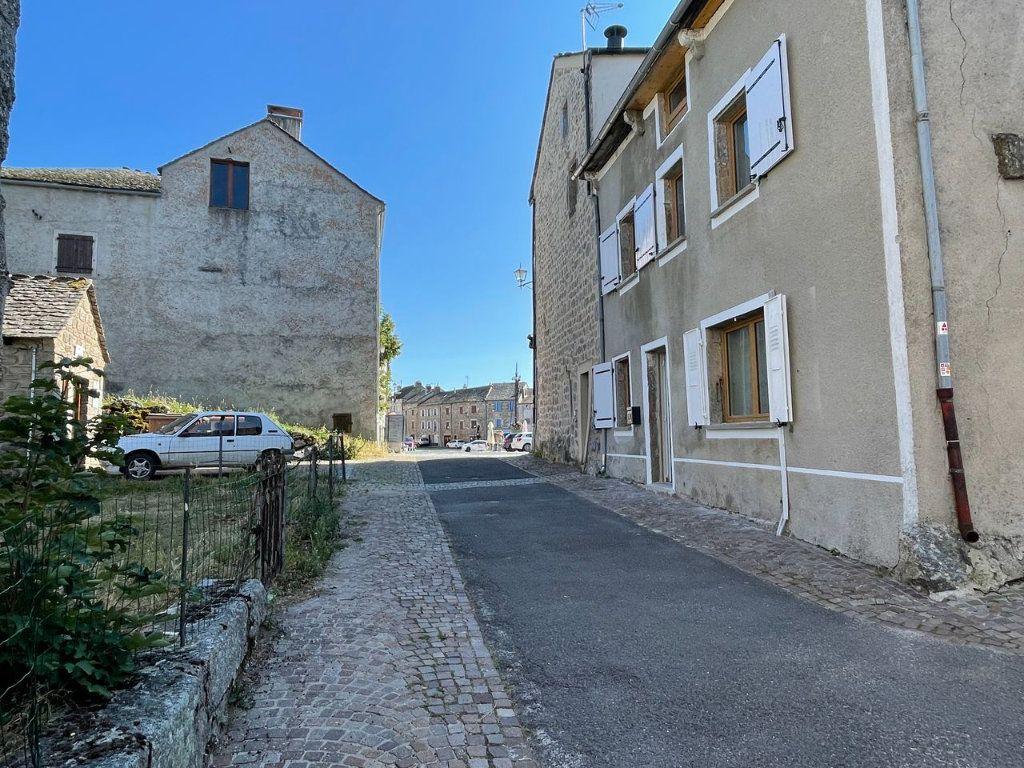 Maison à louer 4 104m2 à Châteauneuf-de-Randon vignette-15