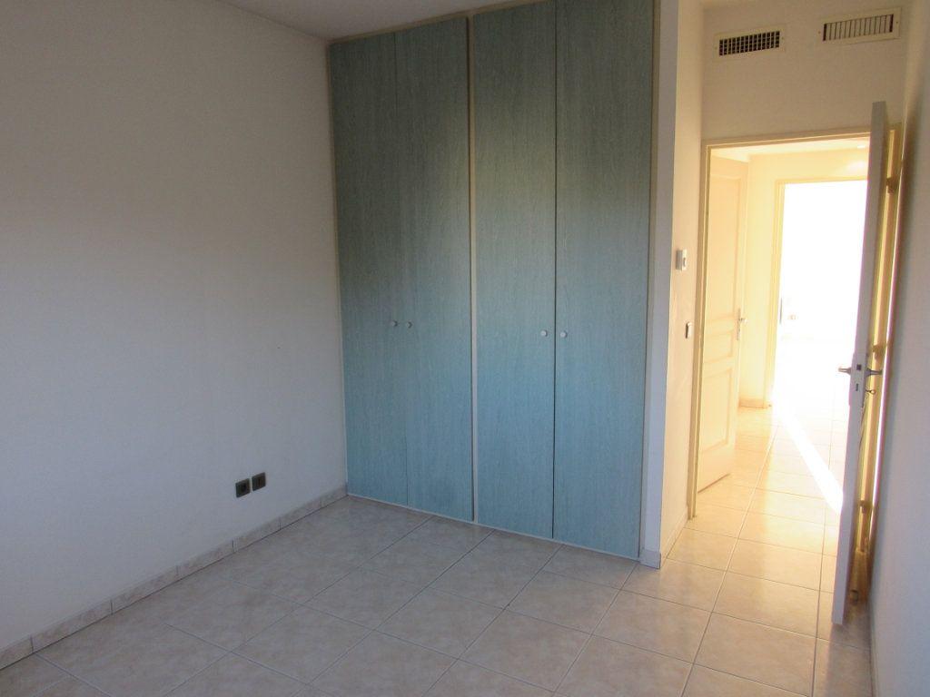 Appartement à vendre 2 61m2 à Saint-Cyr-sur-Mer vignette-7