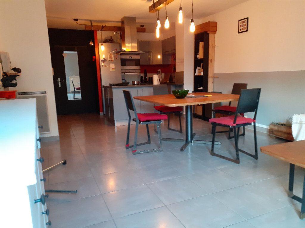 Appartement à vendre 3 65.28m2 à Le Castellet vignette-2