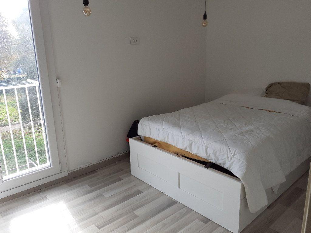 Appartement à vendre 3 65.28m2 à Le Castellet vignette-3