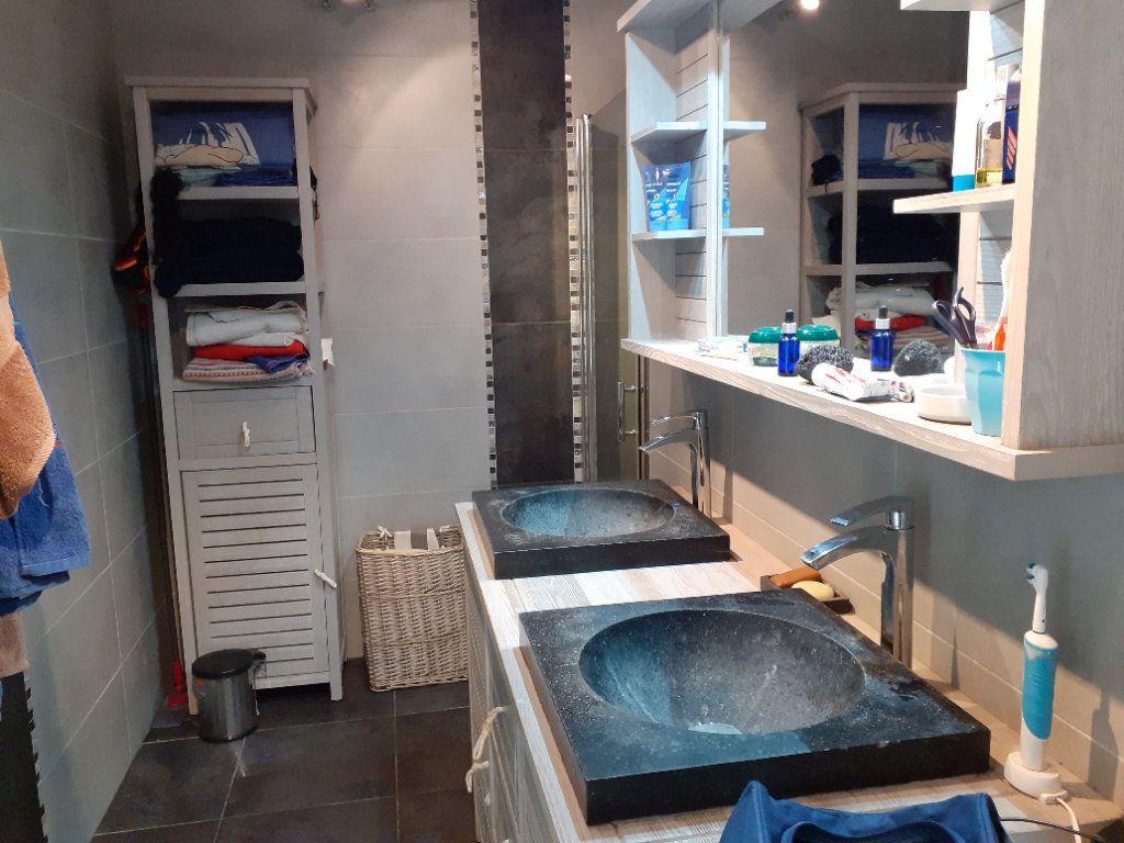 Appartement à vendre 3 65.28m2 à Le Castellet vignette-5
