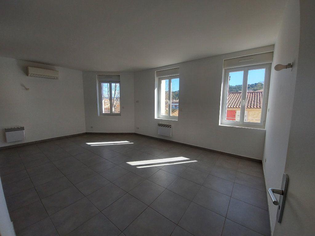Appartement à vendre 3 55m2 à Saint-Cyr-sur-Mer vignette-2