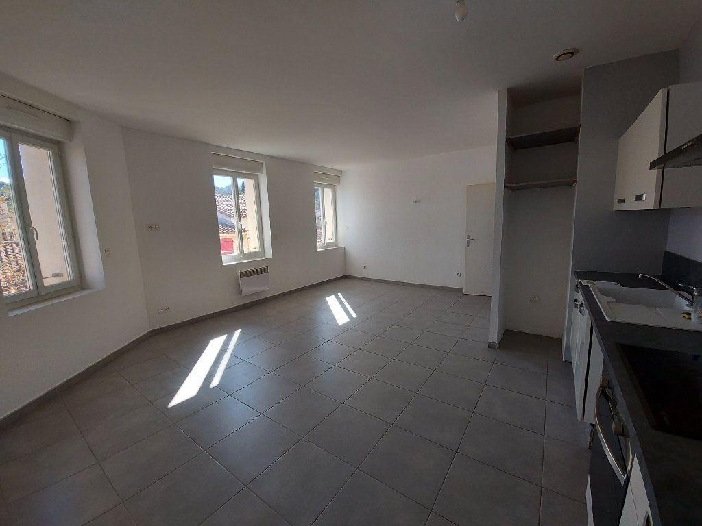 Appartement à vendre 3 55m2 à Saint-Cyr-sur-Mer vignette-3