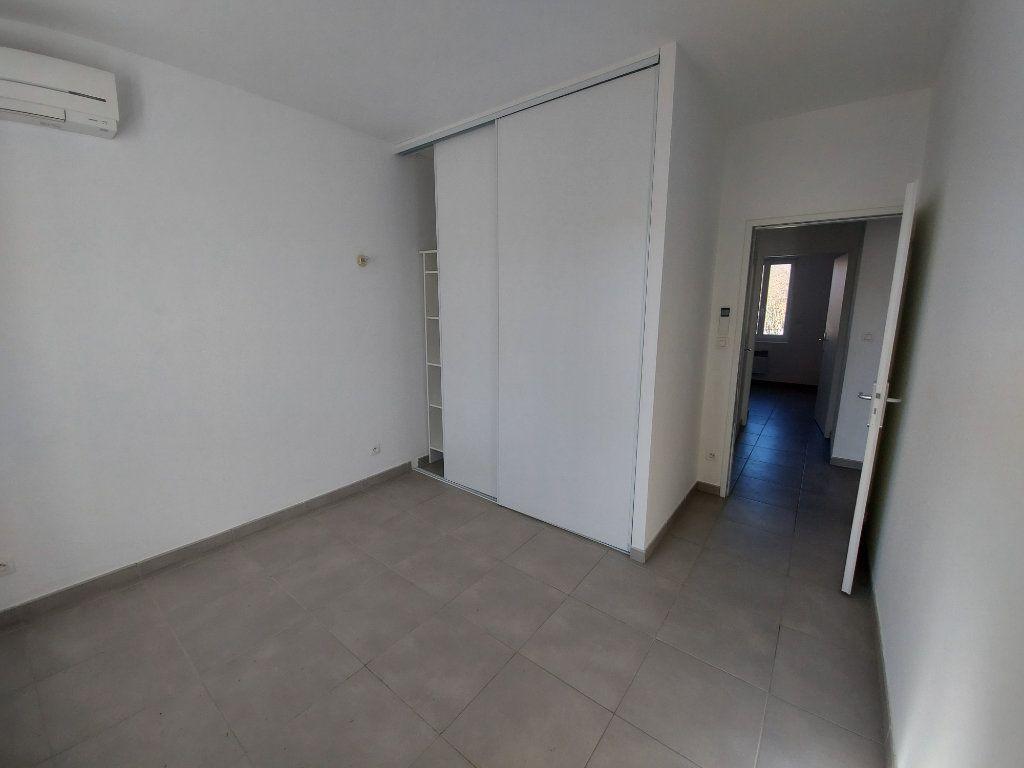 Appartement à vendre 3 55m2 à Saint-Cyr-sur-Mer vignette-7