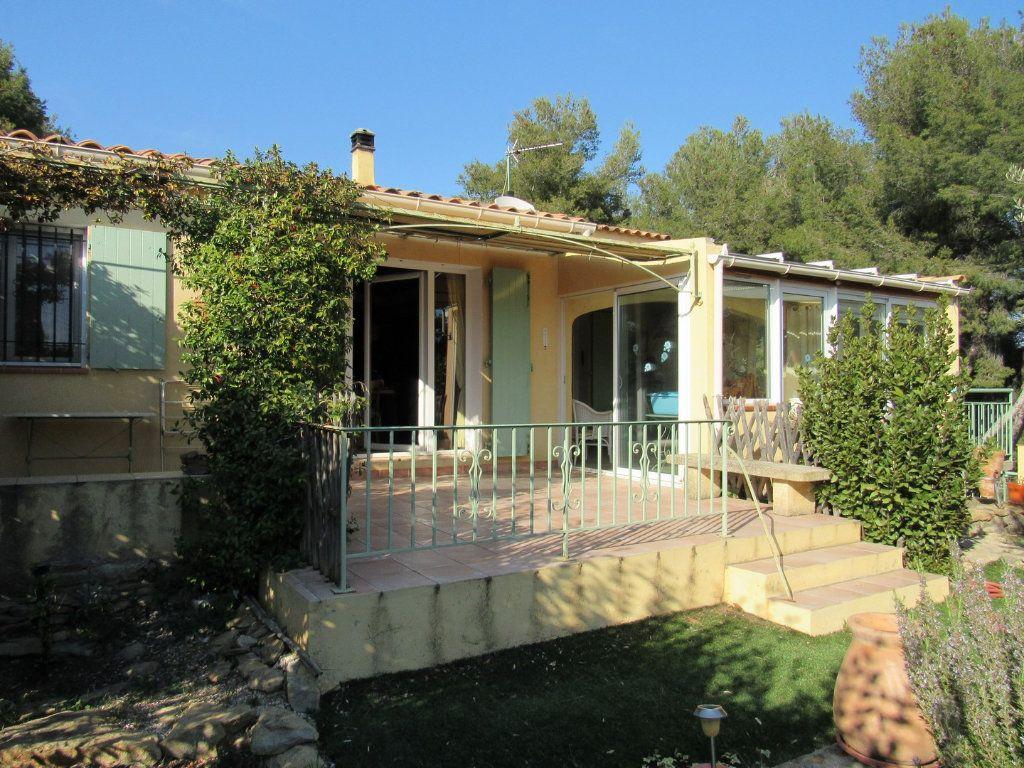 Maison à vendre 7 223m2 à La Cadière-d'Azur vignette-3