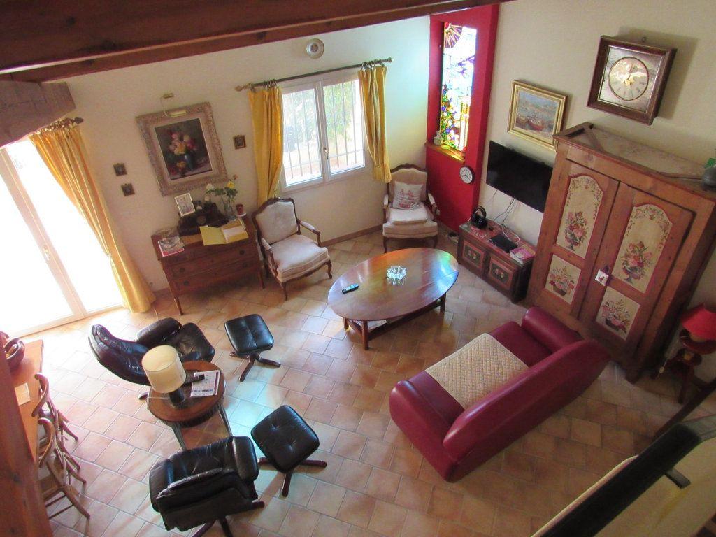 Maison à vendre 7 223m2 à La Cadière-d'Azur vignette-6