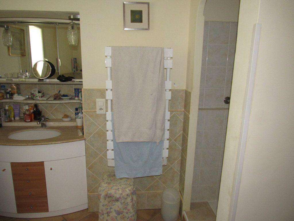 Maison à vendre 7 223m2 à La Cadière-d'Azur vignette-10