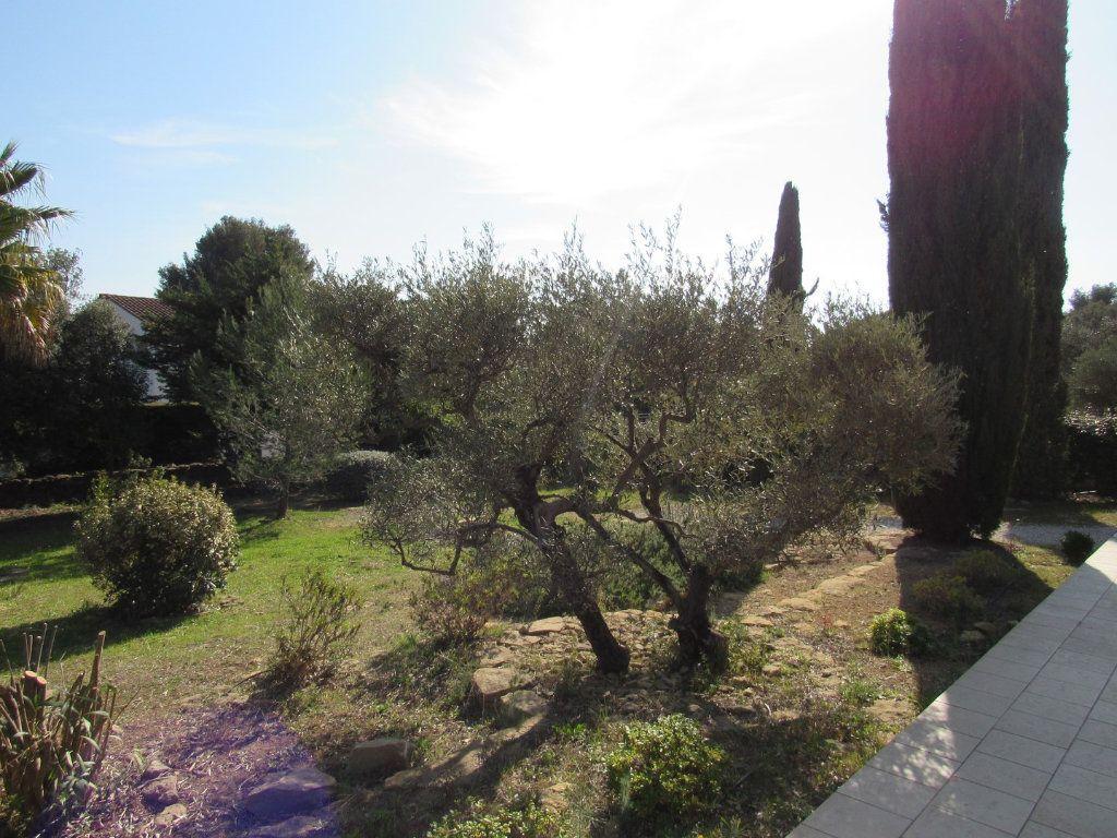 Maison à vendre 7 223m2 à La Cadière-d'Azur vignette-11