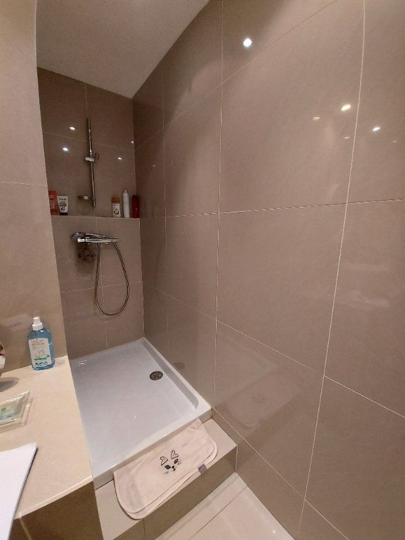 Appartement à vendre 3 63.65m2 à Saint-Cyr-sur-Mer vignette-6
