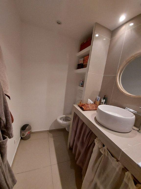 Appartement à vendre 3 63.65m2 à Saint-Cyr-sur-Mer vignette-7