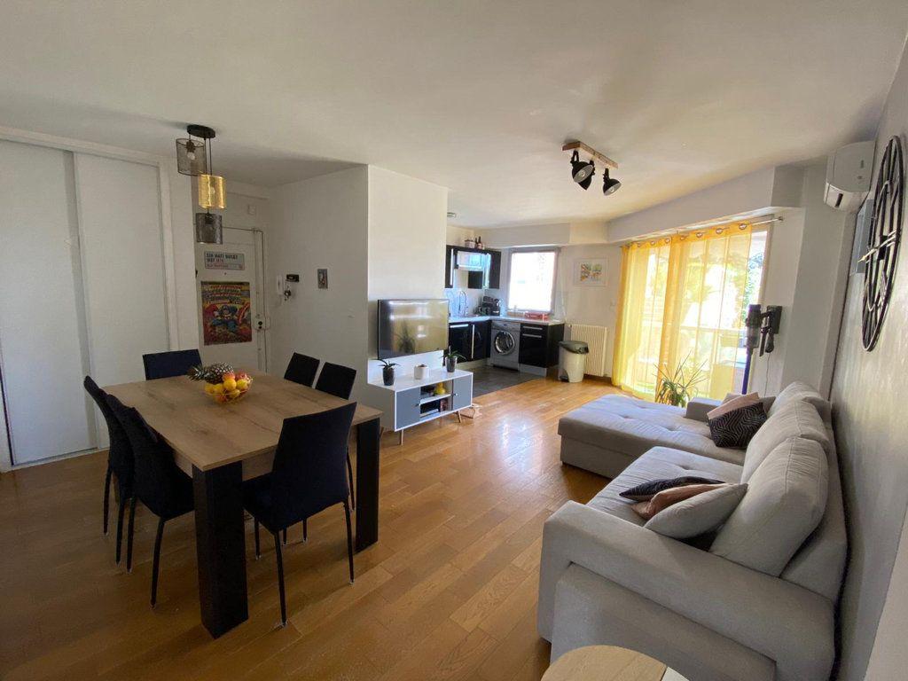 Appartement à vendre 3 61.31m2 à Grasse vignette-2