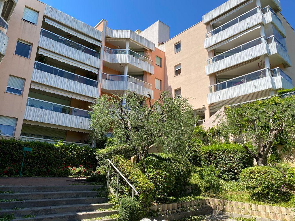 Appartement à vendre 3 61.31m2 à Grasse vignette-7