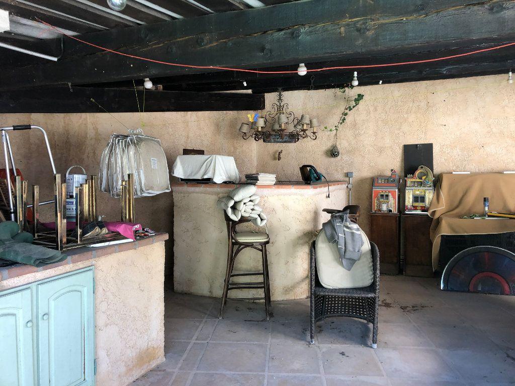 Maison à vendre 8 240m2 à Grasse vignette-13